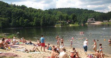 Kąpielisko Słoneczna Przystań w Zagórzu Śląskim nad Jeziorem Lubachowskim
