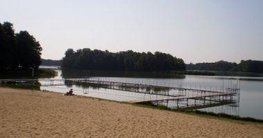 Plaża Gminna w Zaniemyślu nad Jeziorem Raczyńskim