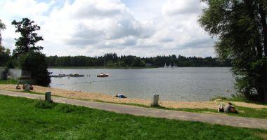 Kąpielisko w Krzyżownikach-Poznaniu nad Jeziorem Kierskim