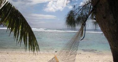 Plaża Black Rock na Rarotonga nad Oceanem Spokojnym