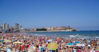 Playa de San Lorenzo, Gijón, Hiszpania