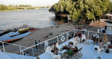 Plaża Miejska przy Płycie Desantu w Warszawie nad Wisłą