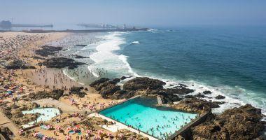 Plaża w Leca de Palmeira nad Oceanem Atlantyckim