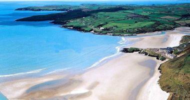 Plaża Inchydoney w Clonakilty nad Oceanem Atlantyckim