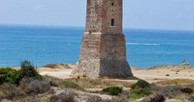 Puerto Cabopino beach & marina, Marbella, Hiszpania