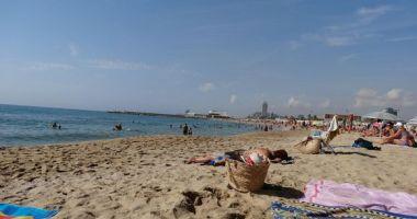 Nova Mar Bella beach, Barcelona, Hiszpania
