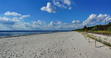 Plaża w Kuźnicy nad Zatoką Pucką