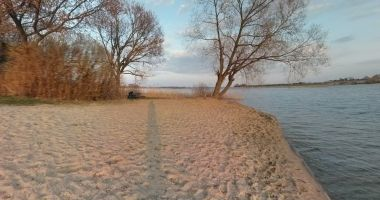 Plaża Płatna w Chełmży nad Jeziorem Chełmżyńskim