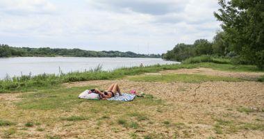 Plaża Miejska Picassa na Tarchominie w Warszawie nad Wisłą