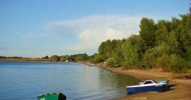 Plaża przy Przystani U Francuza w Maniowie Małym nad Jeziorem Mietkowskim