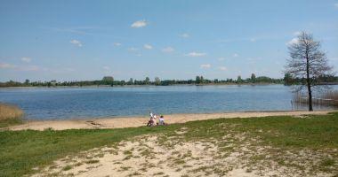 Plaża w Głuszynie nad Jeziorem Głuszyńskim