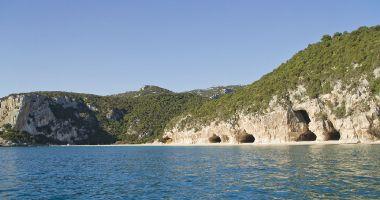 Przepiękna plaża Cala Luna w Sardynii
