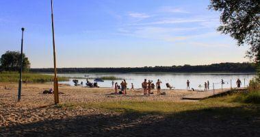 Plaża wojskowa w Przyjezierzu nad Jeziorem Ostrowskim