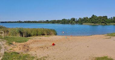 Plaża w Pszczewie nad Jeziorem Pszczewskim