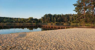 Plaża przy Gospodarstwie Agroturystycznym Kardynał-Grobla w Klukach
