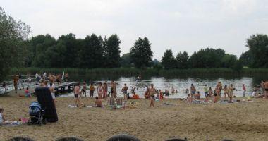 Plaża w Sieciechowie nad Jeziorem Czaple
